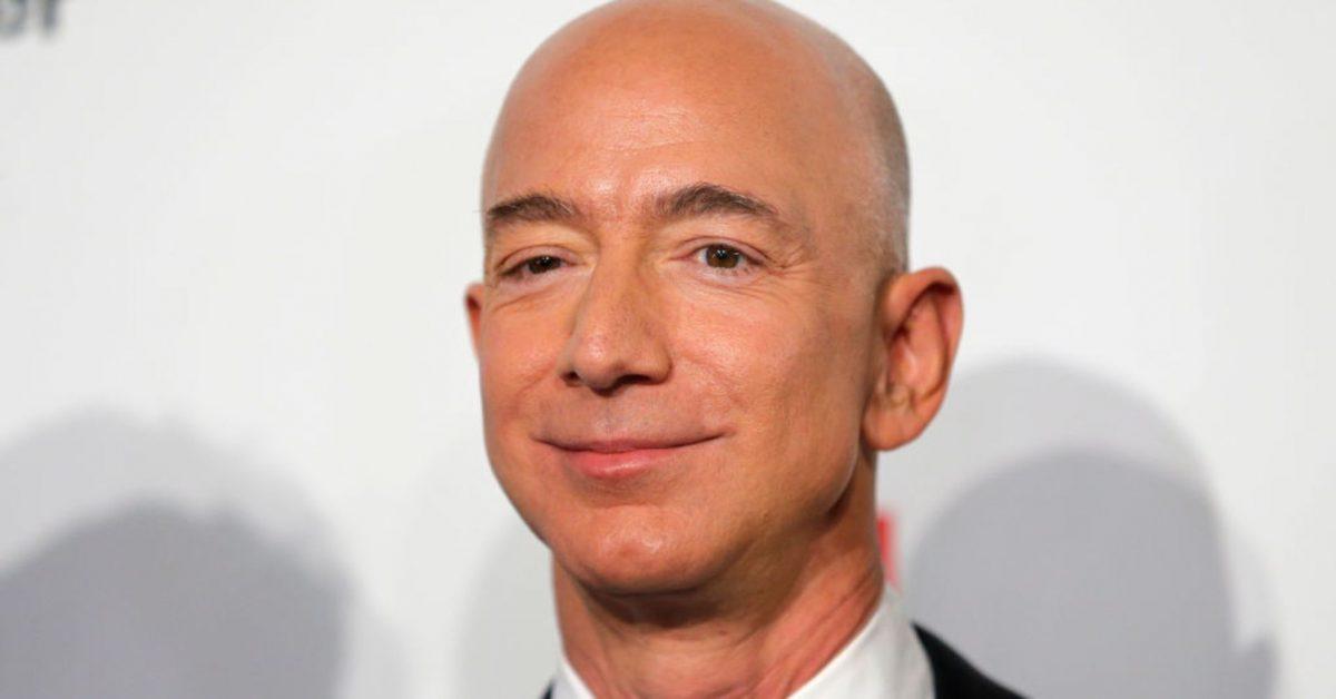 5 Triết lý chăm sóc khách hàng bạn có thể học hỏi từ Jeff Bezos