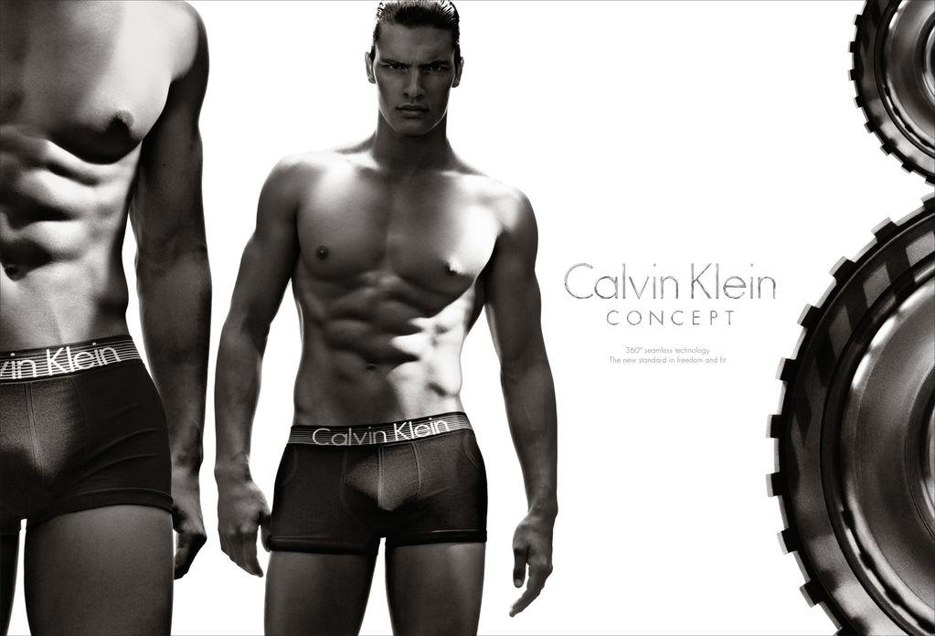 Những hình ảnh trong chiến dịch quảng cáo từng gây tranh cãi một thời của Calvin Klein Underwear