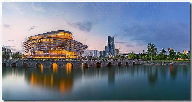 JW Marriott Hanoi nằm ở vị trí đắc địa khu vực phía Tây Hà Nội