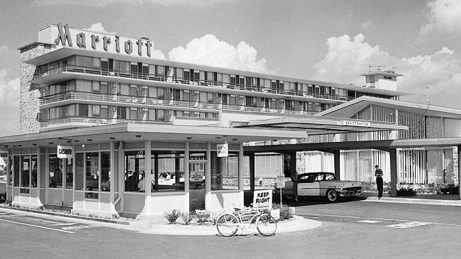 Khách sạn đầu tiên của Marriott tại Arlington; Virginia