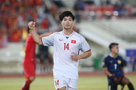 """Công Phượng được bầu chọn là """"Cầu thủ hay nhất trận"""" sau bàn thắng mở màn trong trận đấu Việt Nam - Lào"""