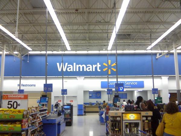 Chuỗi siêu thị Walmart của Mỹ là nơi phân phối một lượng lớn các sản phẩm có nguồn gốc từ Trung Quốc