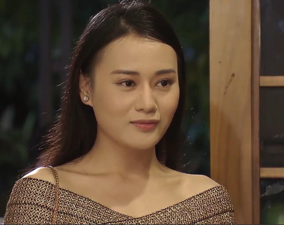 """Diễn viên trẻ Phương Oanh đảm nhiệm vai chính trong bộ phim đình đám """"Quỳnh Búp Bê"""""""