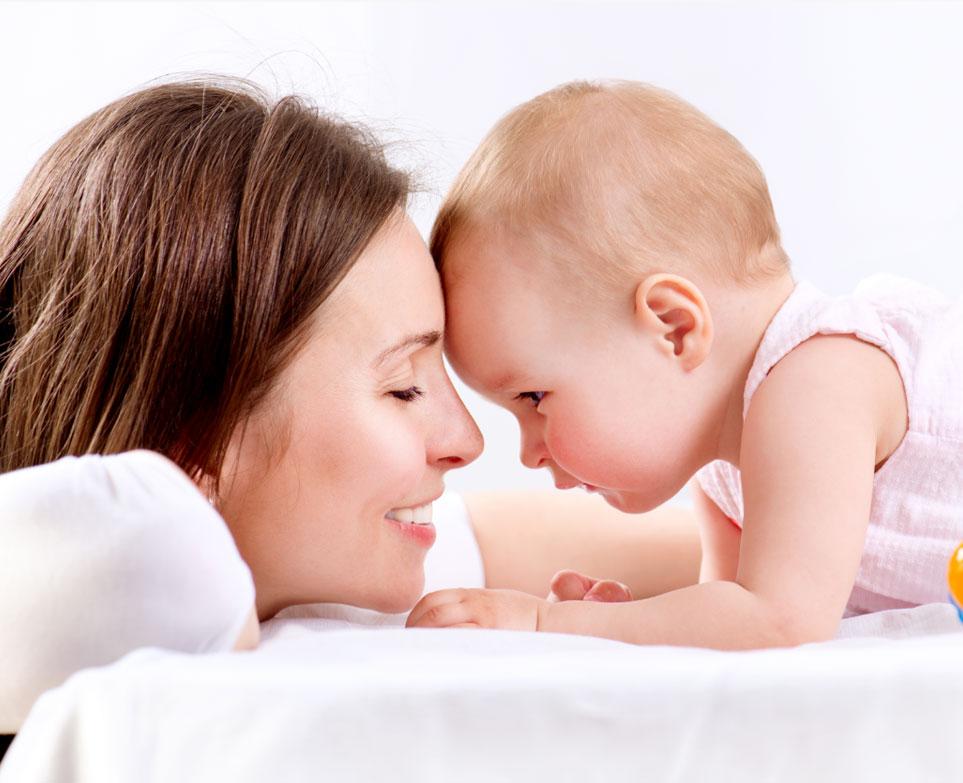 Kết quả hình ảnh cho mẹ và bé