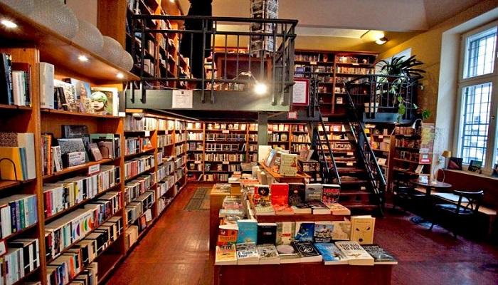 Thiết kế của một quán cà phê Sách