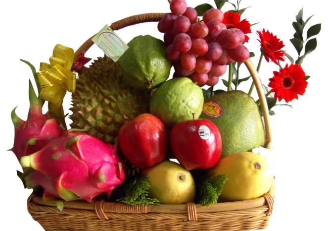 Dịp cận Tết, thị trường quà tặng đã nhanh chóng khởi động và có những màn chào sân ấn tượng, giỏ quà Tết trái cây cũng không là ngoại lệ.