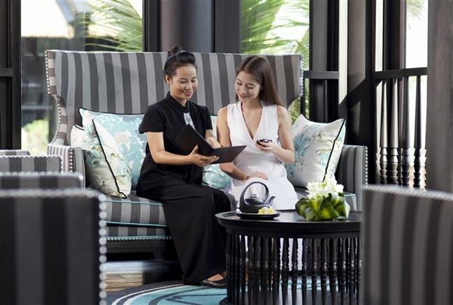 Hệ thống quản lý khách sạn vô cùng chuyên nghiệp và tác phong làm việc nghiêm túc tại Intercontinental Đà Nẵng