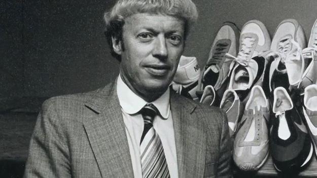 Knight và đế chế giày Nike