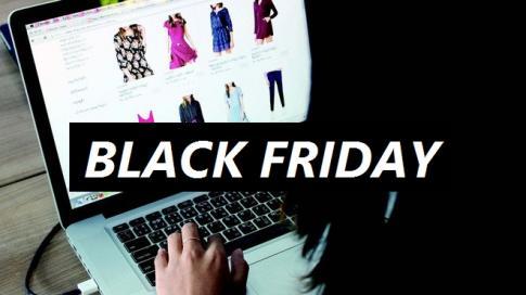 """""""Thức cả đêm"""" để săn hàng giảm giá trong ngày Black Friday"""