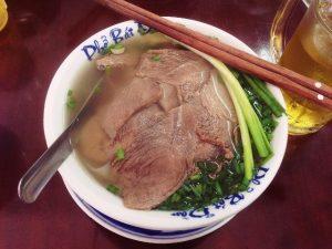 Phở Hà Nội. món ăn ngày mưa lạnh