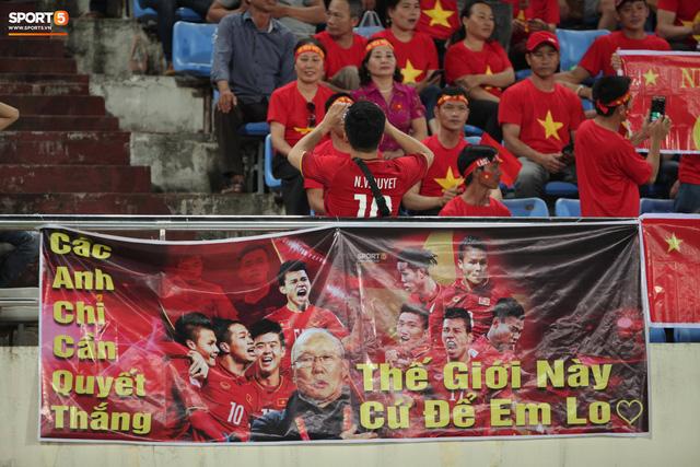 Đây chắc hẳn sẽ là điều khiến đội bạn thấy chạnh lòng sau trận thua Việt Nam