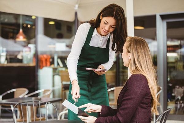 Bí quyết chăm sóc khách hàng cho quán cà phê