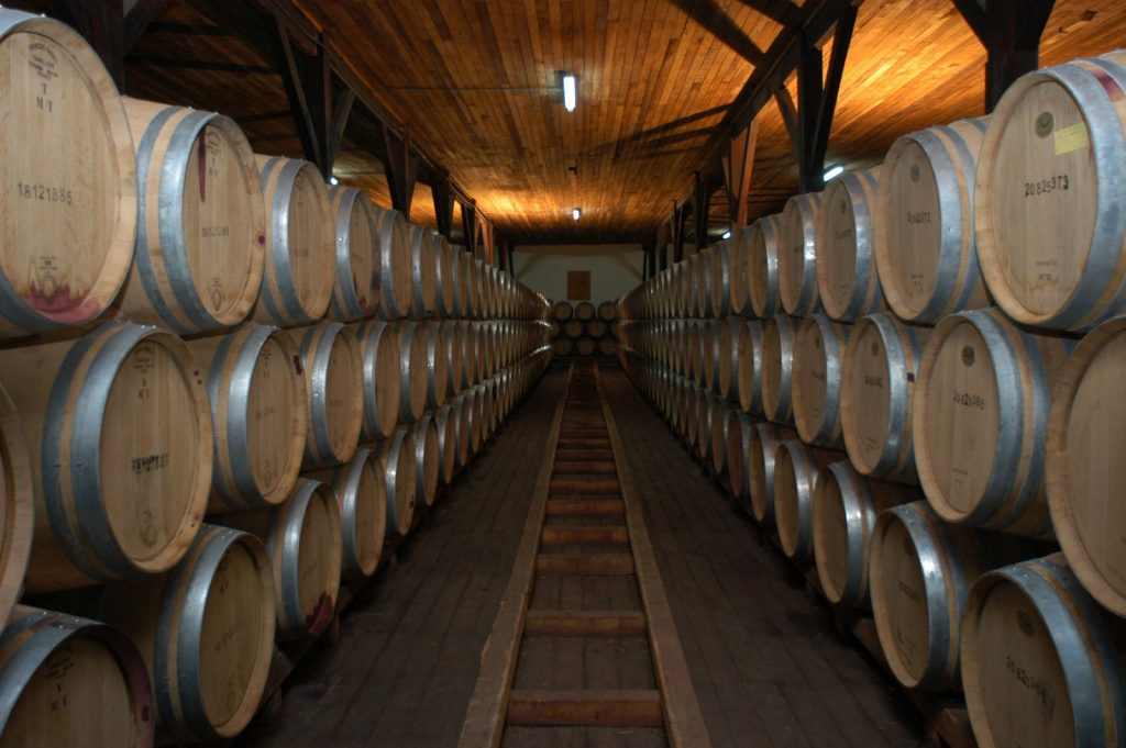 tiêu chuẩn hầm Rượu Vang
