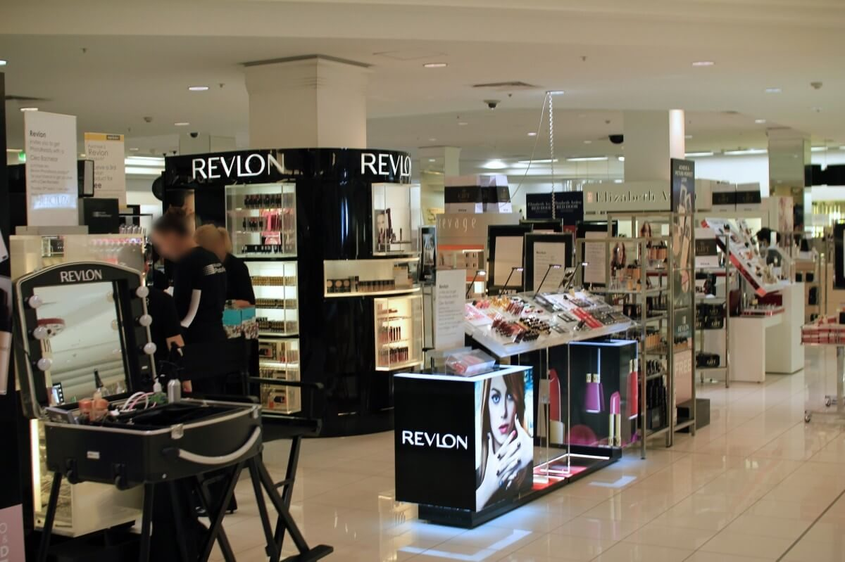 Quản lý cửa hàng kinh doanh mỹ phẩm làm sao để không bị thất thoát?