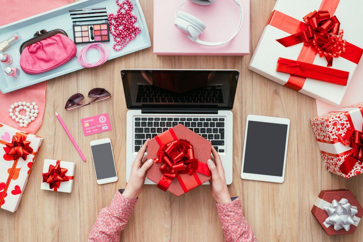 Kinh doanh mỹ phẩm online dễ hơn bao giờ hết với phần mềm quản lý bán hàng thông minh