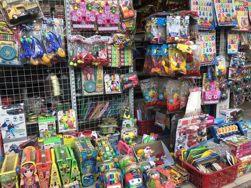 4 khó khăn cần khắc phục trong quản lý kho hàng kinh doanh đồ chơi trẻ em