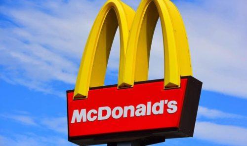 """Câu chuyện thành công của """"kẻ khổng lồ"""" McDonald's"""