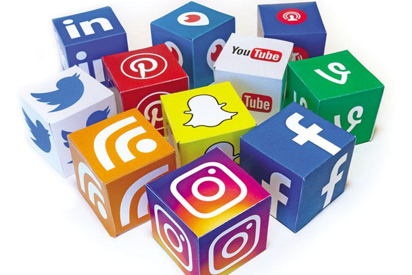 truyền thông mạng xã hội