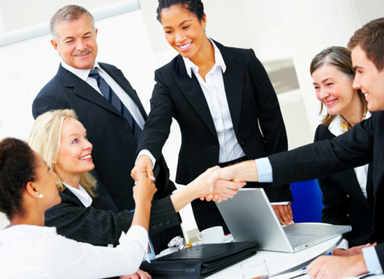 4 Cách quản lý nhân viên bán hàng với phần mềm quản lý shop quần áo
