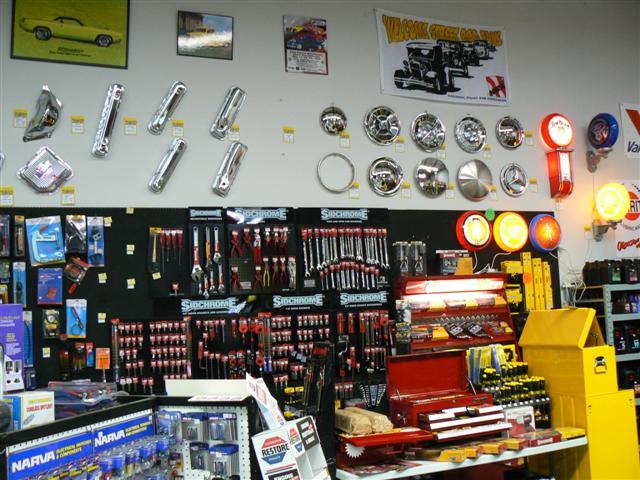 Quản lý hàng hóa shop phụ kiện ô tô cực hiệu quả với phần mềm quản lý bán hàng