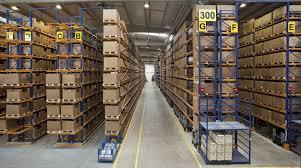 Sắp xếp kho hàng như một thiên tài với logistics.