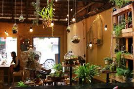 Lựa chọn phong cách thiết kế và trang trí cho quán.