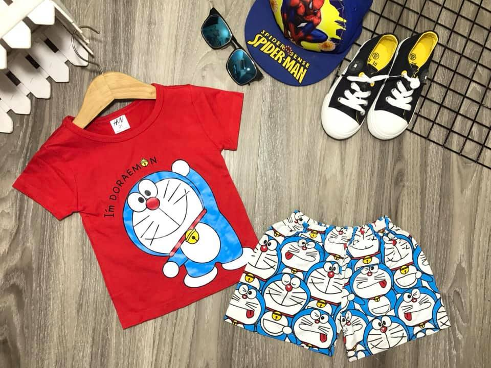 Khi kinh doanh quần áo trẻ em online, bạn cần khai thác tối đa các kênh bán hàng trực tuyến